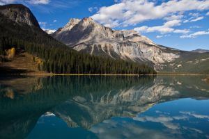emerald lake by punkaddic