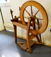 Spinning wheel 1 by Elsapret