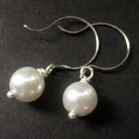 White Pearl and Silver Earring by Gilliauna