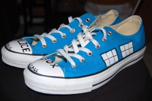 Tardis Converse by lancheney