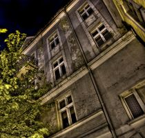 Night House by damagefilter