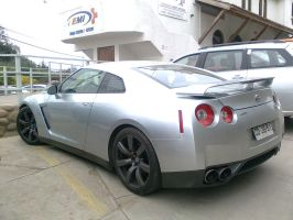 Nissan GT-R by And300ZX
