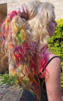 Blonde with Rainbow Tips by lizzisaurus