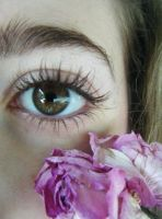 floral eye by SavzthePixie
