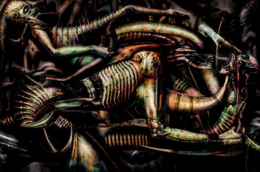 Giger revisited by Vitaloverdose