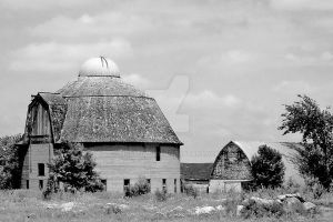 Historic Round Barn by MNCrowgirl