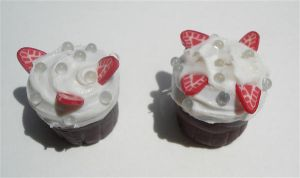 cupcake pencil toppers by MotherMayIjewelry