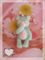 Minty-bear necklace by Galadriel89