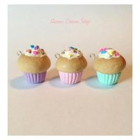Classic Cupcakes by QueensCharmShop