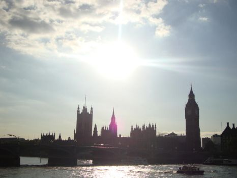 Houses of Parliament. by Haratac
