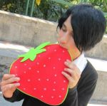 Himuro loves strawberries by ShinTakehiko