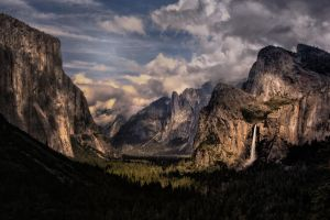 Tunnel View, Yosemite Valley, CA by AugenStudios