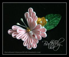 Little Pink Butterfly by Kurokami-Kanzashi