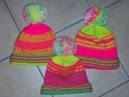 Three neon hats for my nieces by KnitLizzy
