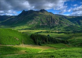 valley Great Langdale II by novakovsky