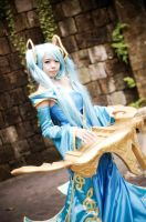 League of Legend Sona by thousandscarlet