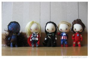 Mini Avengers by Yuki87