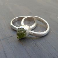 Giveaway ring by Jealousydesign