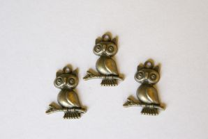 Tiny Owl Charms by MonsterBrandCrafts