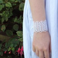 Bridal Cuff in Tatting by TataniaRosa