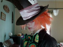 mad hatter finally got the bow on by whenwolveshowl