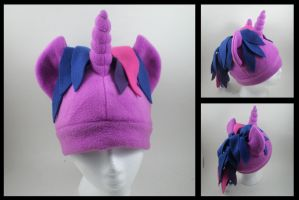 Twilight Sparkle fleece hat by eitanya