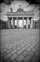 Berlin - Brandenburger Tor by mjagiellicz
