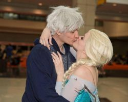Jack Frost and Elsa Cosplay - Kiss by starryeyedq