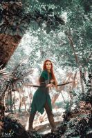 Tauriel: Daughter of Mirkwood by grinningsun