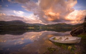 Evening At Grytevatn by Mizth