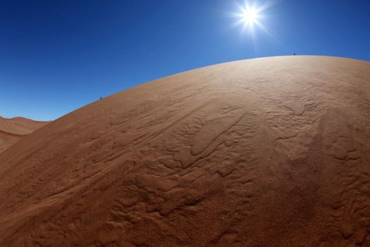 Sossusvlei from a fish's eye by Suppi-lu-liuma