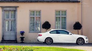 BMW 325xi Coupe .1 by larsen