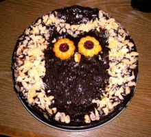 Yep, thats an owl-pie by BrennendeBuecher