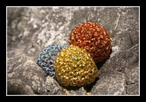 Small Buckyballs by greenwalled1
