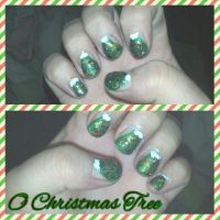 O Christmas Tree nail art by wyldflower