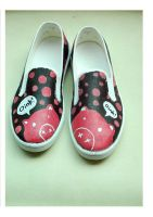 doodle shoes: oink oink by stephkaz
