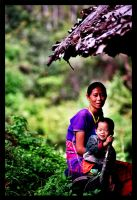 Thailand - mother with child by crackypipe