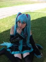 Miku Hatsune Cosplay by Zettai-Cosplay