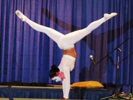 MC09 FT Contortion by Group-Photos