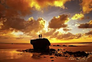 World's End II by IsacGoulart