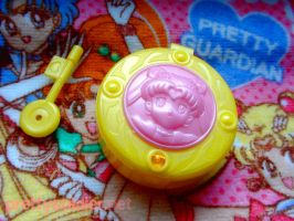 Morinaga Sailormoon Brooch by kelleyko