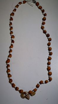 Navajo-Inspired Shell Necklace by Espy26