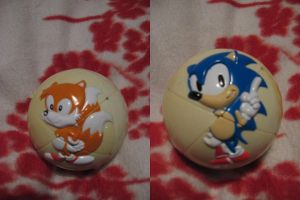 Sonic the hedgehog ball thingy by Twilightberry