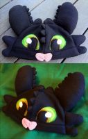 Toothless Nightfury Hat Revamped by Jacqueline-Victoria