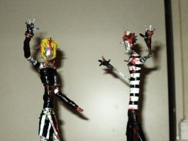 ZOMBIE COUPLE in wire II by TheWallProducciones