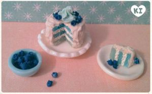 1:12 Miniature Blueberry Cake by kicat