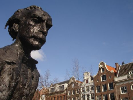 A statue in Amsterdam by Anti-Hero79