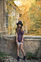 Lo by photoport