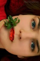 Strawberry Lips by filbuster