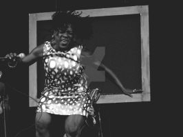 Sharon Jones by alucinante